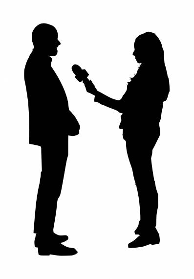 Reporter Giving Interview Silhouette PNG Transparent SVG Vector